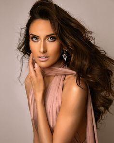 #yolandakingdon #photography #pageant #photoshoot #fashion #editorial #princess #wales #uk #makeup