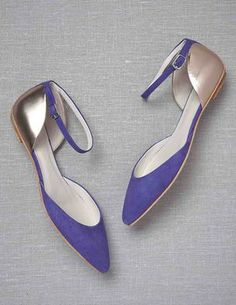 The pointy toe of these leather flats lengthens legs to create the illusion of wearing heels. Also in marine blue. Boden Colourblock Points, $98 #shoes