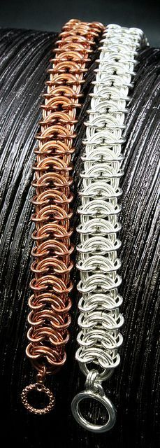 Vertebrae Weave...spectacular. I envision these in niobium for cool color blending. By Monster Maille. #chainmaille