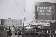 CHICAGO FIRE DEPARTMENT PHOTO 2 COMMERCIAL BUILDING FIGHTER 2-11 1972