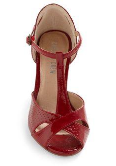 Hot for Hemlock Heel in Crimson   Mod Retro Vintage Heels   ModCloth.com
