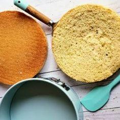 TORTA DE YOGURT – Cocina Chilena Cornbread, Ethnic Recipes, Mango, Youtube, Instagram, Shape, Butter Pound Cake, Sour Cream, Homemade Recipe
