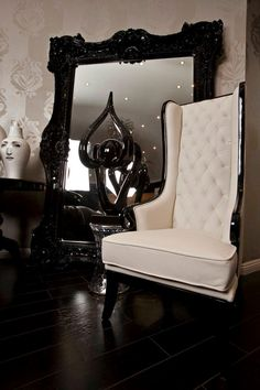 Black & White Modern Baroque, Mirror, Tufted High Back Chair Deco Baroque, Modern Baroque, Baroque Mirror, Decor Interior Design, Interior Decorating, Decoration Baroque, Home Decoracion, High Back Chairs, Piece A Vivre
