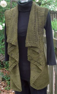 Falling Water Vest pattern from Yarn Barn (or Rav). Want to make something similar on the KM with a lighter yarn for spring layering. Mode Crochet, Knit Or Crochet, Ravelry, Knitting Supplies, Knitting Projects, Pull Bebe, Vest Pattern, Knit Vest, How To Purl Knit