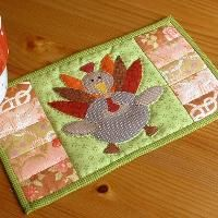 Thanksgiving Turkey Mug Rug (would also make super adorable place mats)