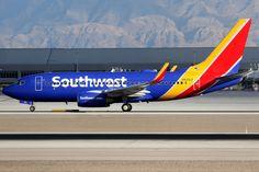 https://flic.kr/p/HpzrmZ | Southwest Airlines | Boeing 737-700 | N425LV | Las Vegas McCarran