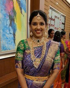 South Indian bride in large guttapusalu long chain and diamond choker Wedding Saree Blouse Designs, Saree Wedding, Bridal Sarees, Wedding Bride, Wedding Dresses, South Indian Bride, Indian Bridal, Saree Jewellery, Bridal Jewellery