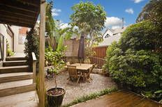 DECK - Cosy outside eating area in Mt Roskill
