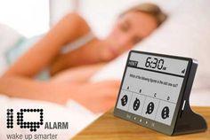 質問に答えると音が止まるアラーム時計「iQ Alarm clock」