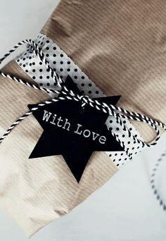 [Inspiration Mondial TIssus] Des paquets cadeaux originaux, c'est déjà un cadeau. Noel 2013.