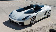Lamborghini Concept S features center spine between driver, passenger| RM Sotheby's photos (Darin Schnabel)