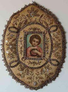 Registos de Santos Religious Images, Religious Art, Prayer Corner, Catholic Crafts, Christian Images, Found Art, Prayer Cards, Gold Work, Assemblage Art