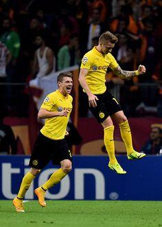 Marco Reus celebrating his amazing CL goal with Łukasz Piszczek