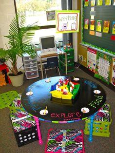 writing center table classroom-ideas