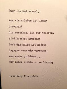 Sag mir ein Wort und ich schreib dir ein Gedicht. Wortfachgeschaeft @ Swing It! in der Roten Bar im Volkstheater in Wien. Inspiration: prägnant.