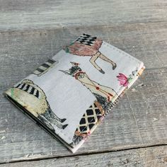 VintageFabricFinds shared a new photo on Etsy Minimalist Wallet, Pocket Cards, Business Card Holders, Green Cotton, Card Wallet, Cotton Fabric, Fall, Cute, Etsy