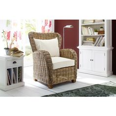 NovaSolo Wickerworks Queen Chair with Seat and Back Cushions