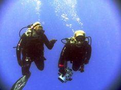 Scuba Diver Girls Cook Islands Adventure!