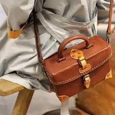 Overview: Design: Genuine Leather vintage handmade shoulder bag crossbody bag handbag In Stock: 3-5 days to process orders Include: A Handbag Custom: None Material: Italian Cowhide Measures: L 22cm × W 9cm × H 15cm Weight: 0.68kg Shipping: $19 Post 7-14 Days Slots: 1 main slot, 1 inner slot, 1 inner slot Style: G