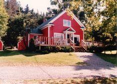 Rita+MacNeil+Tea+Room Big+Pond+Cape+Breton Cape Breton, Nova Scotia, Pond, Cabin, Tea, House Styles, Home Decor, Water Pond, Cabins