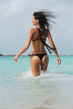 jason lee parry swimsuit shoot3 Britt Maren & Sheila Marquez Star in Surfing Magazines Swimsuit Issue by Jason Lee Parry