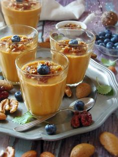 Desserts In A Glass, Arabic Sweets, Panna Cotta, Yummy Drinks, Cheesecakes, Mousse, Sweet Treats, Food And Drink, Pudding