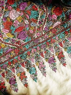 5ca4853ce5 Kashmiri embroidery or Kashida . . . BwF  Kashmir (Mar 10