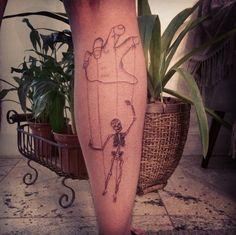 #puppet #puppettattoo #skull #skulltattoo #marionette #sketchtattoo #skeleton #art #drawing #draw #tattoo #tatuaggio #tatouage #tatuagem #armtattoo #tattoo2me #blacktattoo #line #linetattoo #lines #riodejaneiro #rj #tattooed #ink #skeletontattoo #calf #calftattoo #tattooink