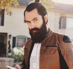 23 Beard And Man Bun Combinations That Will Awaken You Sexually Lumberjack Beard, Handsome Bearded Men, Beard Quotes, Hipster Beard, Grey Beards, Mv Agusta, Awesome Beards, Trending Haircuts, Beard Tattoo