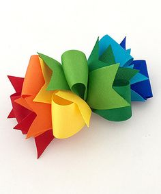 Take a look at this Fairy Bow Mother Rainbow Loopy Spike Bow Clip today!Fairy Bow Mother Rainbow Loopy Spike Bow Clip -- Might be a good idea for left over pieces of ribbon. Doesn't look like it takes much of each color.Add a burst of color to a darl Ribbon Hair Bows, Diy Hair Bows, Diy Bow, Boutique Bow Tutorial, Hair Bow Tutorial, Making Hair Bows, Bow Making, Boutique Hair Bows, Diy Hair Accessories
