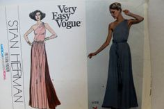 70s Very Easy Vogue Sewing Pattern Grecian Dress by SissysPatterns, $20.00