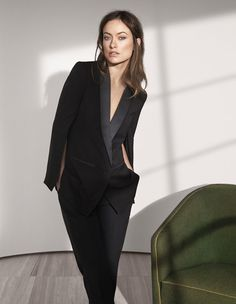 "Actress Olivia Wilde is doing her part to help promote environmentally sustainable fabrics with her new H&M Conscious Exclusive advertising campaign. The capsule collection features organic materials as well as recycled wool, Tencel and recycled sequins. ""I love the Conscious Exclusive collection at H&M, both for the look, and also for its ethics. This is how all fashion should be: great style that's naturally more sustainable,"" says Olivia Wilde. ..."