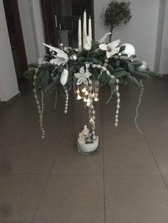 Table Decorations, Plants, Furniture, Home Decor, Hobbies, Decoration Home, Room Decor, Home Furnishings, Plant