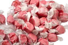 Taffy Cinnamon | Jerry's Nut House #saltwatertaffy #sweets #candy