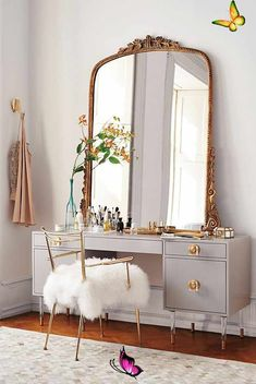 Gleaming Primrose Mirror Slide View: 15: Gleaming Primrose Mirror<br> Cute Dorm Rooms, Cool Rooms, Kids Rooms, Diy Casa, Farmhouse Side Table, Bedroom Vintage, Modern Bedroom, Bedroom Classic, Contemporary Bedroom