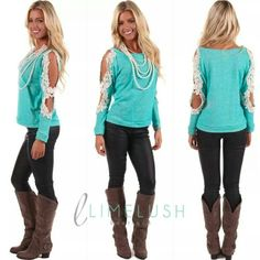 Turquoise b lose with crochet sleeve, and taupe boots Country Girls Outfits, Outfits For Teens, Cool Outfits, Spring Summer Fashion, Autumn Winter Fashion, Fade Styles, Cute Shirts, Types Of Fashion Styles, Dress To Impress