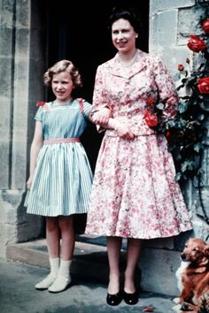 Queen Elizabeth with nine year old Princess Anne in 1959.