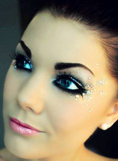 Cute makeup idea - could use this look for Elsa from frozen's costume