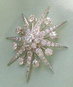 QEII's brooches: Favorite other diamond: The Jardine Star
