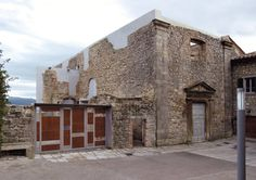 arquitectura 2TR · Restauración de la antigua iglesia de San Antonio y los jardines del convento de las Clarisas en Santa Fiora