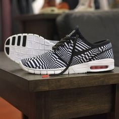 """Remember that Nike SB Dunk High """"Dazzle""""? The shoe was inspired by camouflage used on battle ships during World War 1 to go under radar detection, and the unique Zebra-esque striping made for a more than original look. Now the … Continue reading →"""