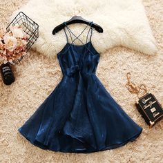 - - Source by Hoco Dresses, Dresses For Teens, Dance Dresses, Pretty Dresses, Homecoming Dresses, Formal Dresses, Warm Outfits, Stylish Outfits, Cute Outfits