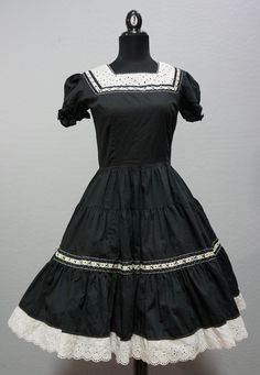 Vintage 1960s Black and White Square Dance Dress by Kate Schorer Size S #KateSchorer #squaredance #rodeo #vintage #rockabilly #1960s #dance #ceelostintime