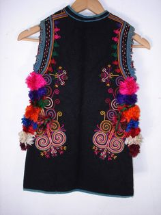 """What a gorgeous piece! This would be perfect with any of the colorful yarn centric adornments! Festive vest from Karnobat district called """"kase"""". Gypsy Style, Bohemian Style, Boho Fashion, Fashion Outfits, Fashion Design, Navratri Dress, Pakistani Dress Design, Hippie Outfits, Folk Costume"""