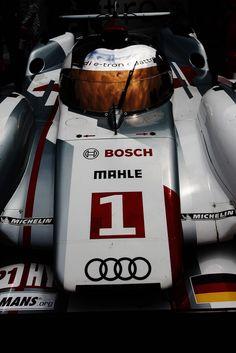 Audi Mans 2012 - Cars and motor Audi R10, Allroad Audi, 24h Le Mans, Le Mans 24, Luxury Car Logos, Audi Motorsport, 24 Hours Le Mans, Audi Sport, Cool Cars