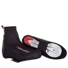 Louis Garneau Power Seal Cycling Shoe Cover by Louis Garneau. $44.99. Wind & weather resistant polyurethane coated lycra material. Reflective elements. Velcro fastener under sole. Waterproof sealed seams & reinforced toe cover. Versatile winter cycling shoe cover. Nasty weather won?t keep you indoors when you have the protection of the Louis Garneau Power Seal Shoe Cover. The cover?s polyurethane-coated Lycra, and waterproof taped seams, block out cold and rain, keeping you...