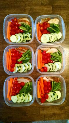 Six days' worth of snack packs for husband: slightly steamed carrots, green peppers, cucumbers, baked chicken, and cherry tomatoes (E) (the quantity of carrots and tomatoes keeps it from being a FP) Easy Healthy Meal Prep, Healthy Food Options, Easy Healthy Recipes, Healthy Snacks, Healthy Eating, Easy Meals, Clean Recipes, Lunch Recipes, Whole Food Recipes