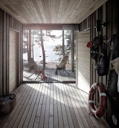 Scandinavian Contemporary Sinplicity in a wood Finnish Hunting Loge Summer Cabins, Haus Am See, Porche, Outdoor Rooms, Architecture Details, Logs, Cottage, House Design, Building