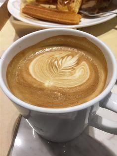 Latte coffee Art @ Paris Baguette