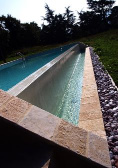 #quarzo #floor #pool #natural #garden #stone #pebbles #flooring #italian #madeinitaly #palosco #bergamo #artigianato #handicraft #architecture #landscape #exteriordesign